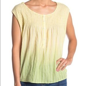 🎄NWT! Free People ombré blouse in yellow
